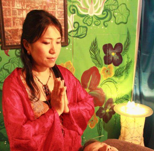 瞑想の時間・ネトラバスティのマントラセラピー