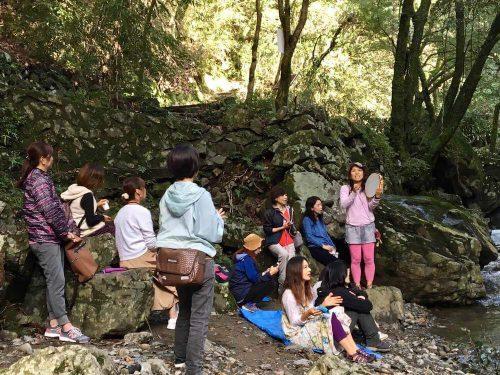 瞑想ピクニックin摂津峡でキールタン